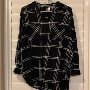H&M Plaid Black and White Button Down